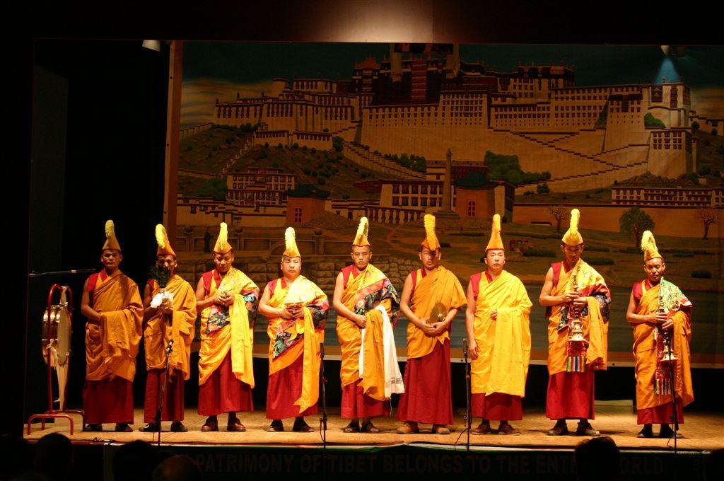 monaci-tibetani