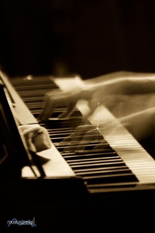 musicastrada_fotografando_la_musica_2011_andrea_loris_galluccio_Ladanzadelledita_lr