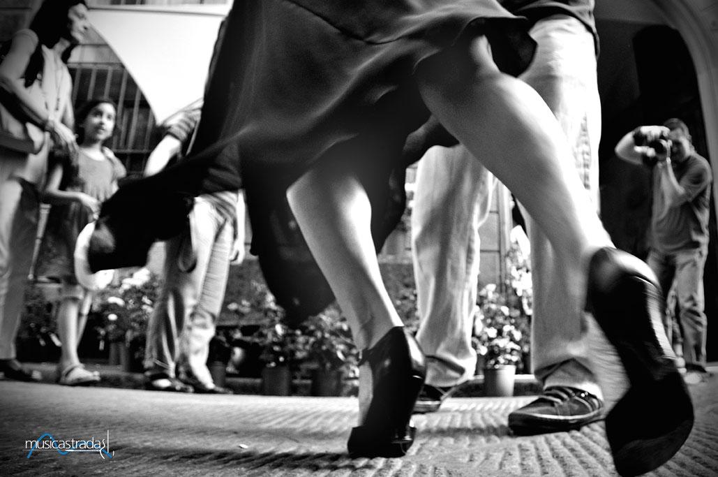 musicastrada_fotografando_la_musica_2011_mariano_mellini_Tangoinstrada_lr