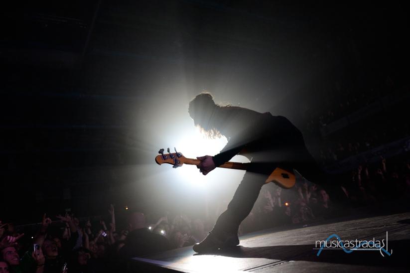 bernardo_baluganti_Musicografiequandoluceemusicaimpressionanounattimo_-musicastrada_fotografando_la_musica_2012