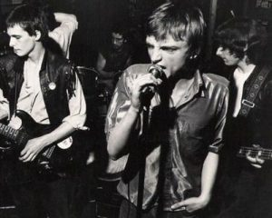 Revolutionary Punk Band a Confronto Crass Discharge Exploited Rudimentary Peni New Model Army Pop Group Fall