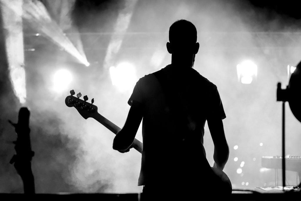 SECONDO_GIOVANI_PARDUCCIfotografandolamusica2018_musicastrada