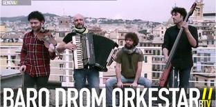 La Baro Drom Orkestar torna a far ballare il pubblico del The Cage Theatre a Livorno questo Sabato 23 gennaio